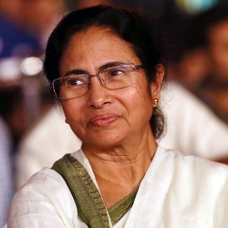 Mamata Banerjee Biography, Age, Height, Weight, Family, Wiki & More