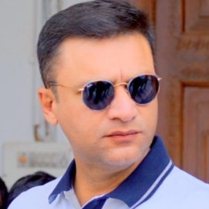 Akbaruddin Owaisi Biography, Age, Height, Weight, Family, Caste, Wiki & More