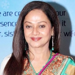Zarina Wahab Biography, Age, Height, Weight, Family, Caste, Wiki & More