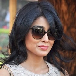 Shriya Saran Biography, Age, Height, Weight, Husband, Children, Family, Facts, Caste, Wiki & More