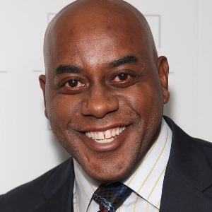 Ainsley Harriott Biography, Age, Height, Weight, Family, Wiki & More