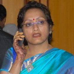 Subhashini Biography, Age, Height, Weight, Family, Caste, Wiki & More