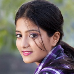 Ulka Gupta Biography, Age, Height, Weight, Family, Caste, Wiki & More