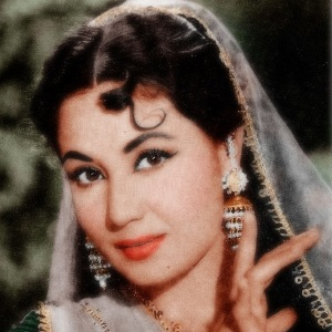 Meena Kumari Biography, Age, Death, Husband, Children, Family, Caste, Wiki & More