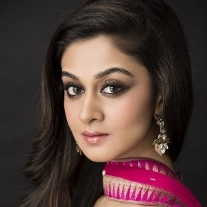 Aishwarya Arjun Biography, Age, Height, Weight, Boyfriend, Family, Wiki & More