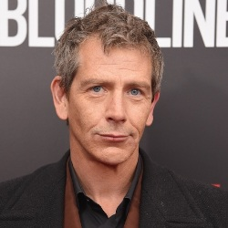Ben Mendelsohn Biography, Age, Height, Weight, Family, Wiki & More
