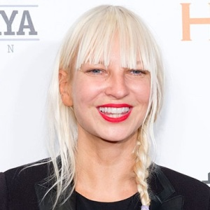Sia Furler Biography, Age, Husband, Children, Family, Wiki & More