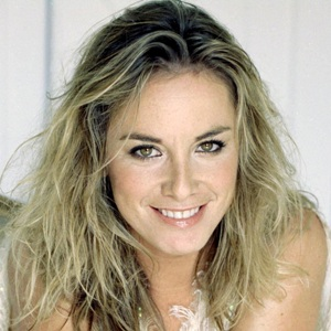 Tamzin Outhwaite Biography, Age, Height, Weight, Family, Wiki & More