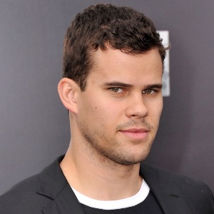 Kris Humphries Biography, Age, Height, Weight, Family, Wiki & More