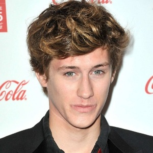 Jean-Baptiste Maunier Biography, Age, Height, Weight, Family, Wiki & More