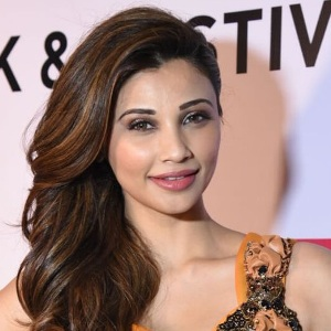 Daisy Shah Biography, Age, Height, Weight, Boyfriend, Family, Wiki & More