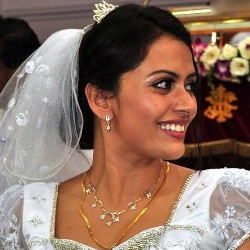 Dhanya Mary Varghese Biography, Age, Husband, Children, Family, Caste, Wiki & More