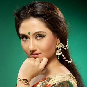 Swastika Mukherjee Biography, Age, Husband, Children, Family, Caste, Wiki & More