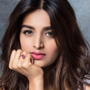 Nidhhi Agerwal Biography, Age, Height, Weight, Boyfriend, Family, Wiki & More