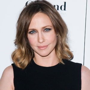 Vera Farmiga Biography, Age, Height, Weight, Family, Wiki & More