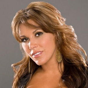 Mickie James Biography, Age, Husband, Children, Family, Wiki & More