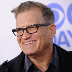 Drew Carey Biography, Age, Height, Weight, Family, Wiki & More