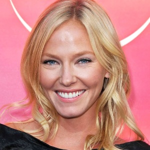 Kelli Giddish Biography, Age, Height, Weight, Family, Wiki & More