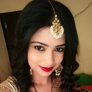 Pooja Singh Biography, Age, Husband, Children, Family, Caste, Wiki & More