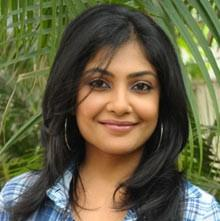 Kamalinee Mukherjee Biography, Age, Husband, Children, Family, Caste, Wiki & More
