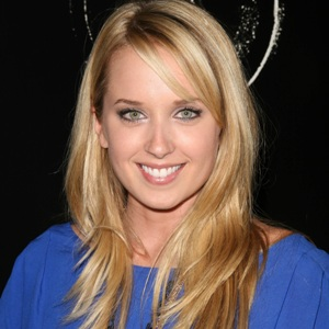 Megan Park Biography, Age, Height, Weight, Family, Wiki & More