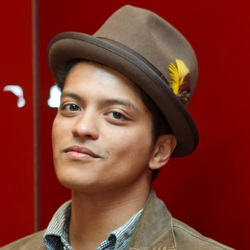 Bruno Mars Biography, Age, Height, Weight, Family, Wiki & More