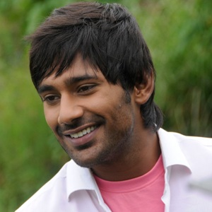 Varun Sandesh Biography, Age, Wife, Children, Family, Caste, Wiki & More