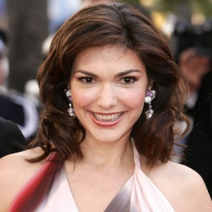 Laura Harring Biography, Age, Height, Weight, Family, Wiki & More