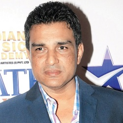 Sanjay Manjrekar Biography, Age, Height, Weight, Family, Caste, Wiki & More