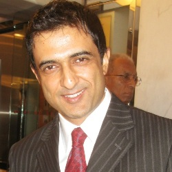 Sanjay Suri Biography, Age, Wife, Children, Family, Caste, Wiki & More