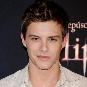 Xavier Samuel Biography, Age, Height, Weight, Family, Wiki & More