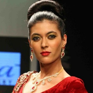 Shriya Kishore Biography, Age, Height, Weight, Family, Caste, Wiki & More