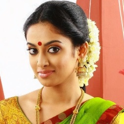 Gauthami Nair Biography, Age, Height, Weight, Family, Caste, Wiki & More