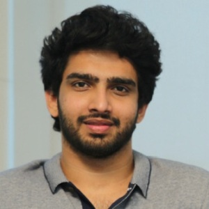 Amaal Mallik Biography, Age, Height, Weight, Girlfriend, Family, Wiki & More