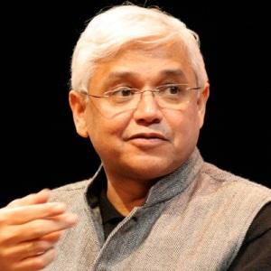 Amitav Ghosh Biography, Age, Wife, Children, Family, Caste, Wiki & More
