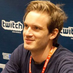 PewDiePie Biography, Age, Height, Weight, Girlfriend, Family, Wiki & More