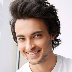Aayush Sharma Biography, Age, Height, Weight, Girlfriend, Family, Wiki & More