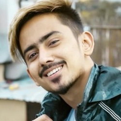 Adnaan Shaikh (TikTok Star) Biography, Age, Height, Weight, Girlfriend, Family, Wiki & More