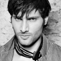 Aham Sharma Biography, Age, Wife, Children, Family, Wife, Caste, Wiki & More