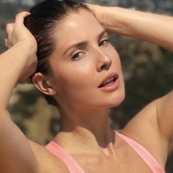 Amanda Cerny Biography, Age, Height, Weight, Boyfriend, Family, Wiki & More