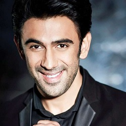 Amit Sadh (Actor) Biography, Age, Height, Weight, Girlfriend, Family, Caste, Wiki & More