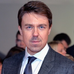 Andrew Buchan Biography, Age, Height, Weight, Family, Wiki & More