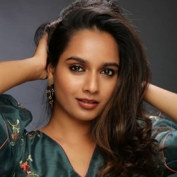 Anusha Ranganath (Actress) Biography, Age, Height, Weight, Boyfriend, Family, Caste, Wiki & More