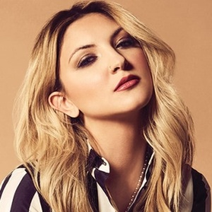 Julia Michaels Biography, Age, Height, Weight, Boyfriend, Family, Wiki & More