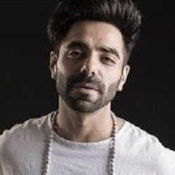Aparshakti Khurana Biography, Age, Height, Wife, Children, Family, Facts, Caste, Wiki & More