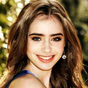 Lily Collins Biography, Age, Height, Weight, Family, Wiki ...