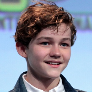Levi Miller Biography, Age, Height, Weight, Family, Wiki & More