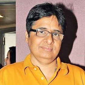 Vashu Bhagnani Biography, Age, Height, Weight, Family, Caste, Wiki & More