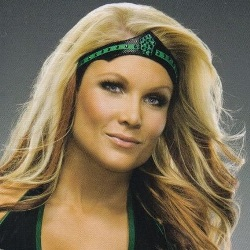 Beth Phoenix Biography, Age, Height, Weight, Family, Wiki & More