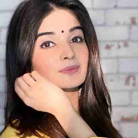 Bhavika Sharma Biography, Age, Height, Weight, Family, Facts, Caste, Wiki & More